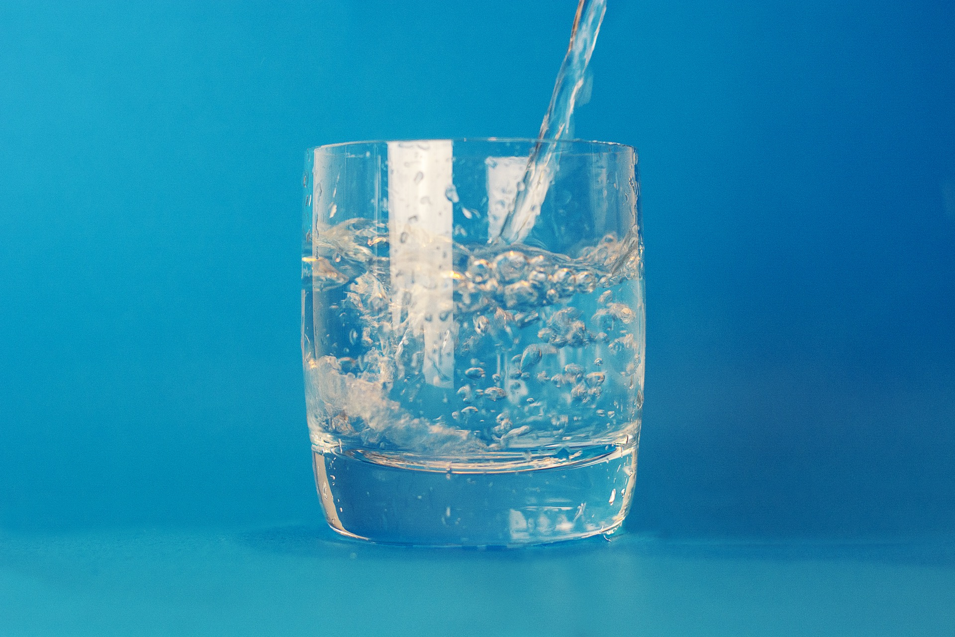 water-glass-theme-water-16490